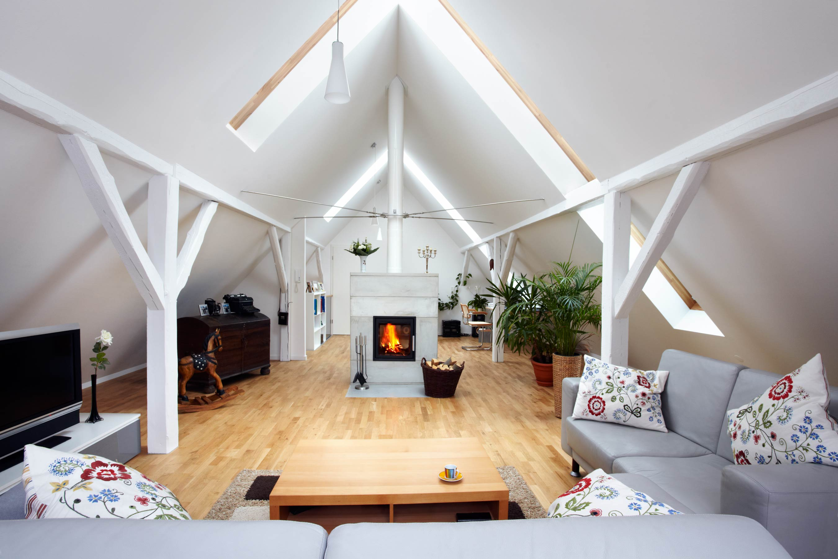 4 Significant Reasons for Opting Loft Conversion!